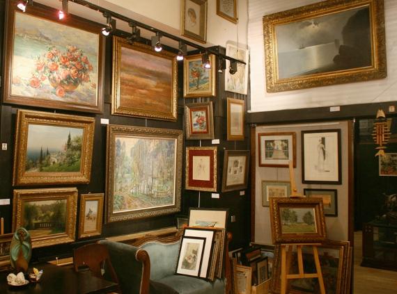 Где можно купить картину в Москве?